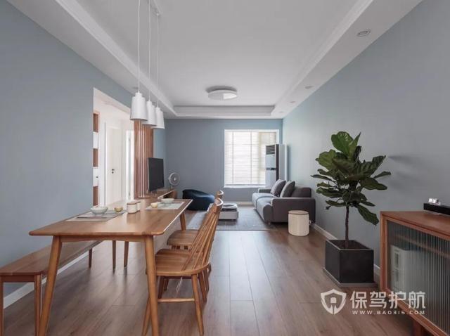 同事买89㎡婚房,卫生间装折叠门,朋友:卧室太像酒店!