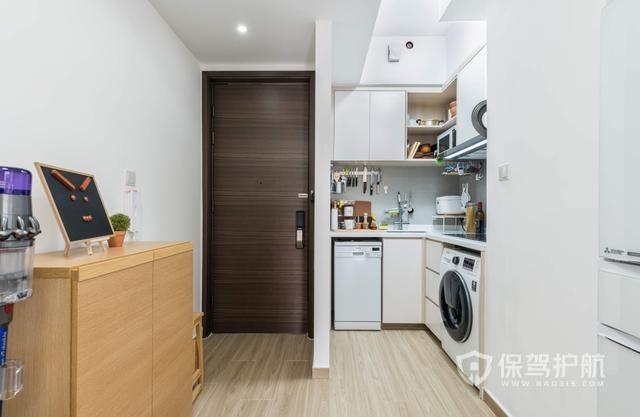 """香港55㎡""""豪宅"""",设计师太会装,全屋空间极致利用,太强了!"""