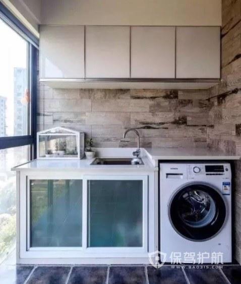 英式简约风封闭式阳台洗衣机柜装修效果图