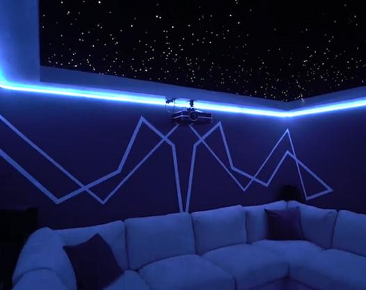 家庭房間改造成星空影院
