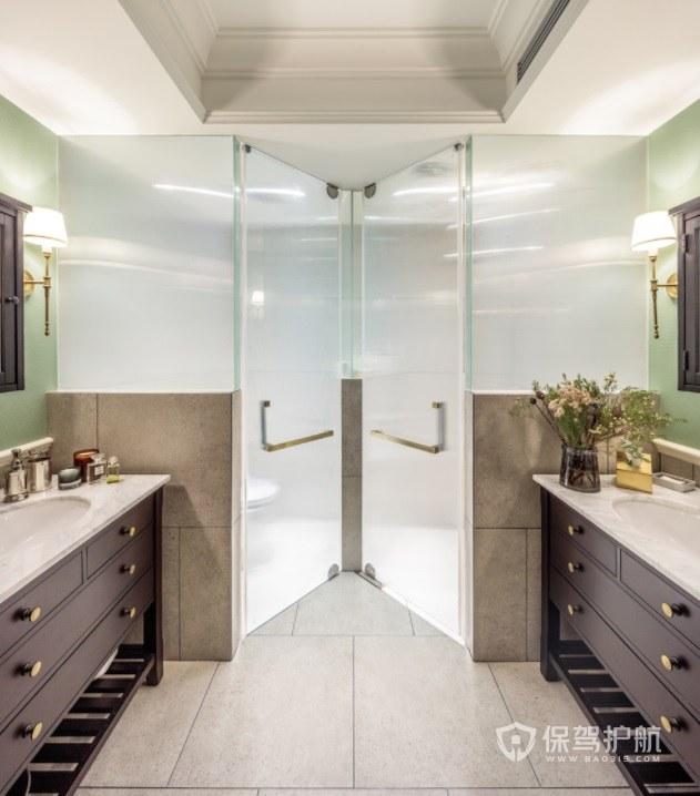 意大利簡約風衛生間雙開玻璃門裝修效…