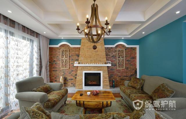124㎡超浮夸美式設計,客廳用紅磚裝飾,還自帶健身房