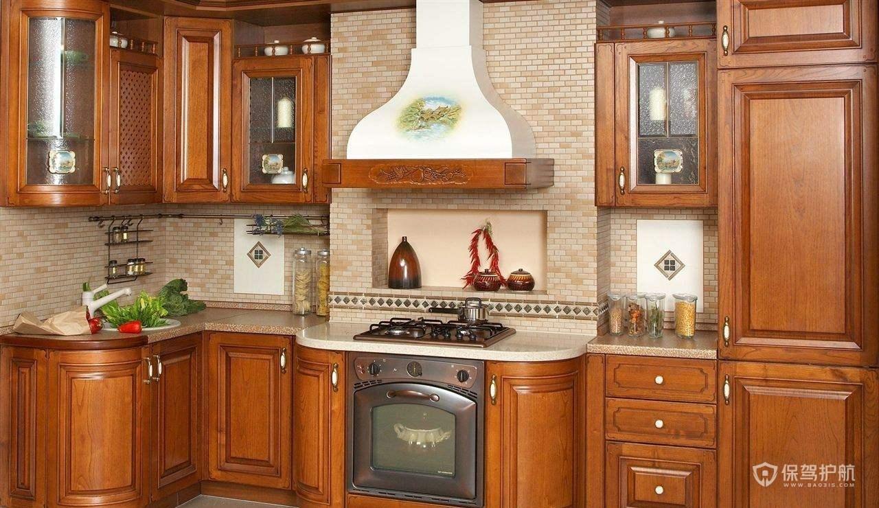 復古中式風別墅廚房裝修效果圖