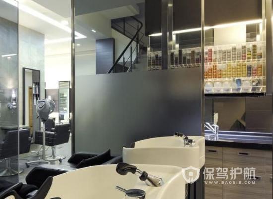 30平米混搭风格理发店装修实景图