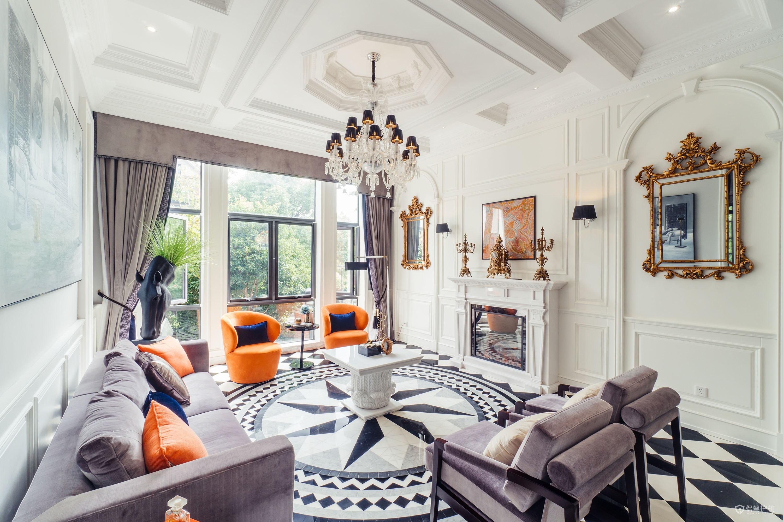 英式风格别墅客厅装修效果图