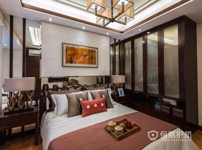 中式复古风卧室定制多门衣柜装修效果图