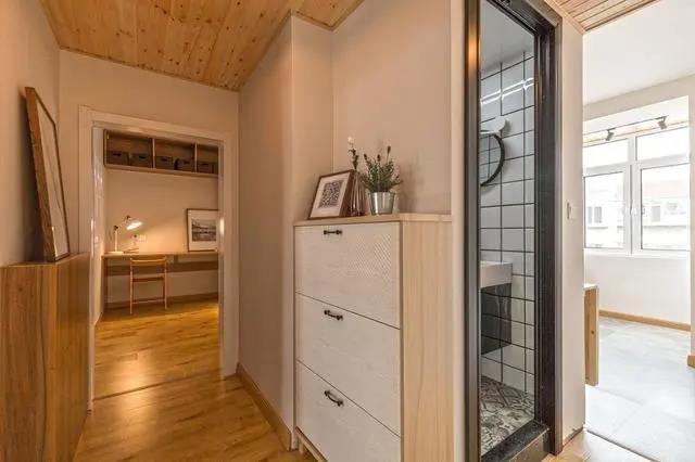 53㎡旧房改造效果图,合并次卧与客厅,适合小户型的设计方案!
