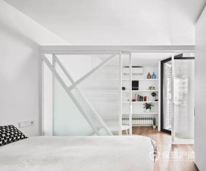 極簡風臥室隔斷玻璃門裝修效果圖