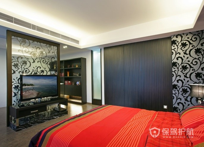中式主臥玻璃電視墻裝修效果圖