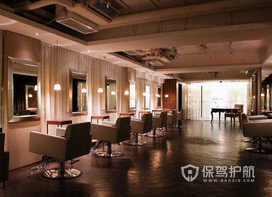 68平米美式风格美发廊装修实景图