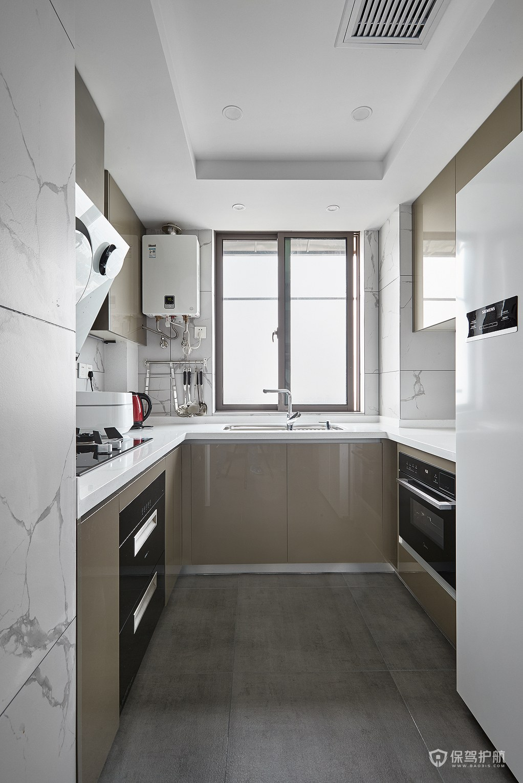 现代风三居室厨房橱柜亚搏体育平台app效果图