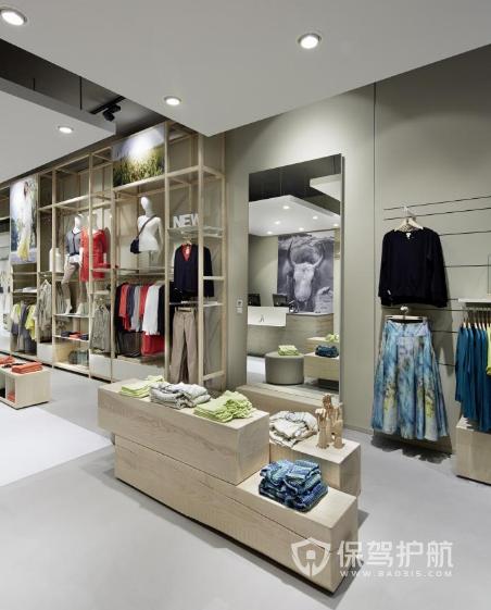 31平米简约风格服装店装修实景图