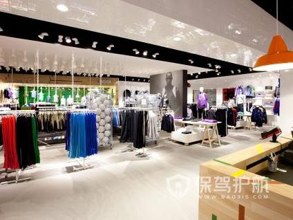 60平米简约风格服装店装修实景图