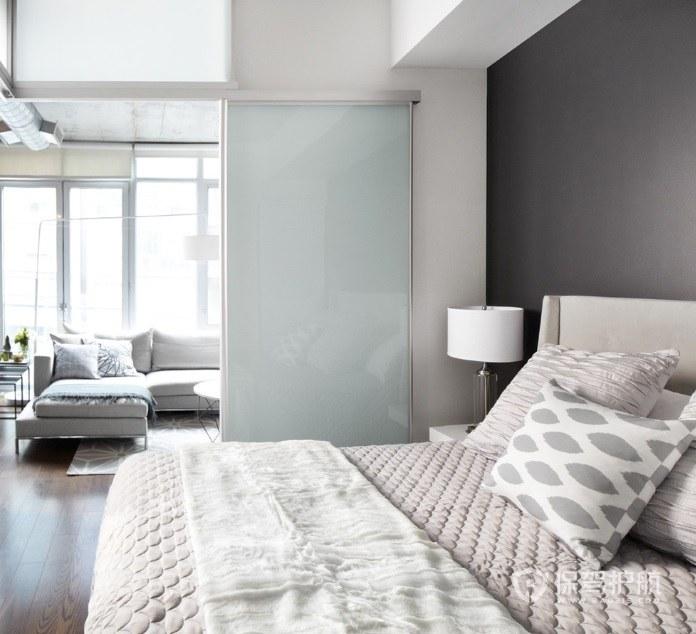 公寓輕奢風臥室推拉門裝修效果圖