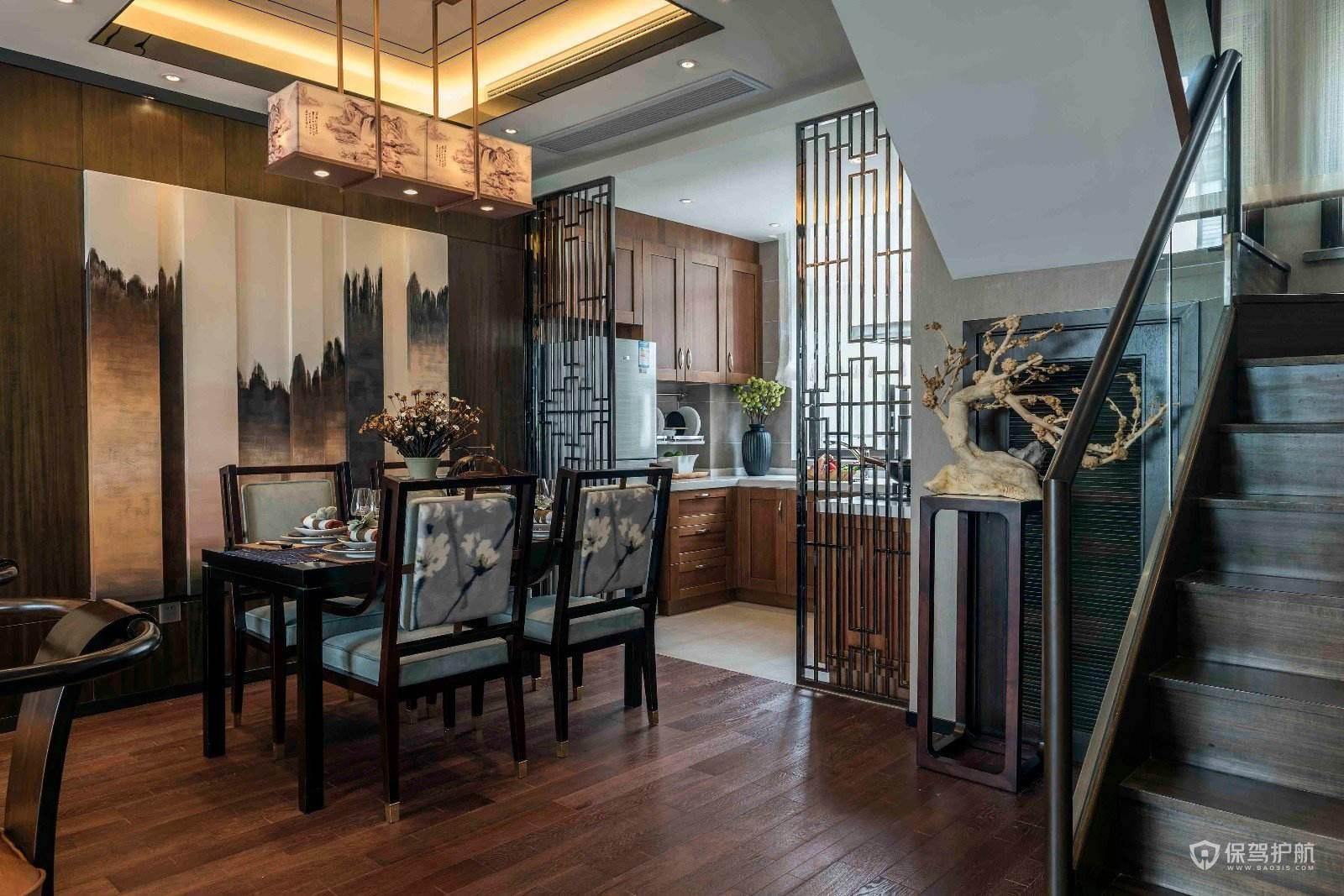 新中式复式餐厅背景墙装修效果图