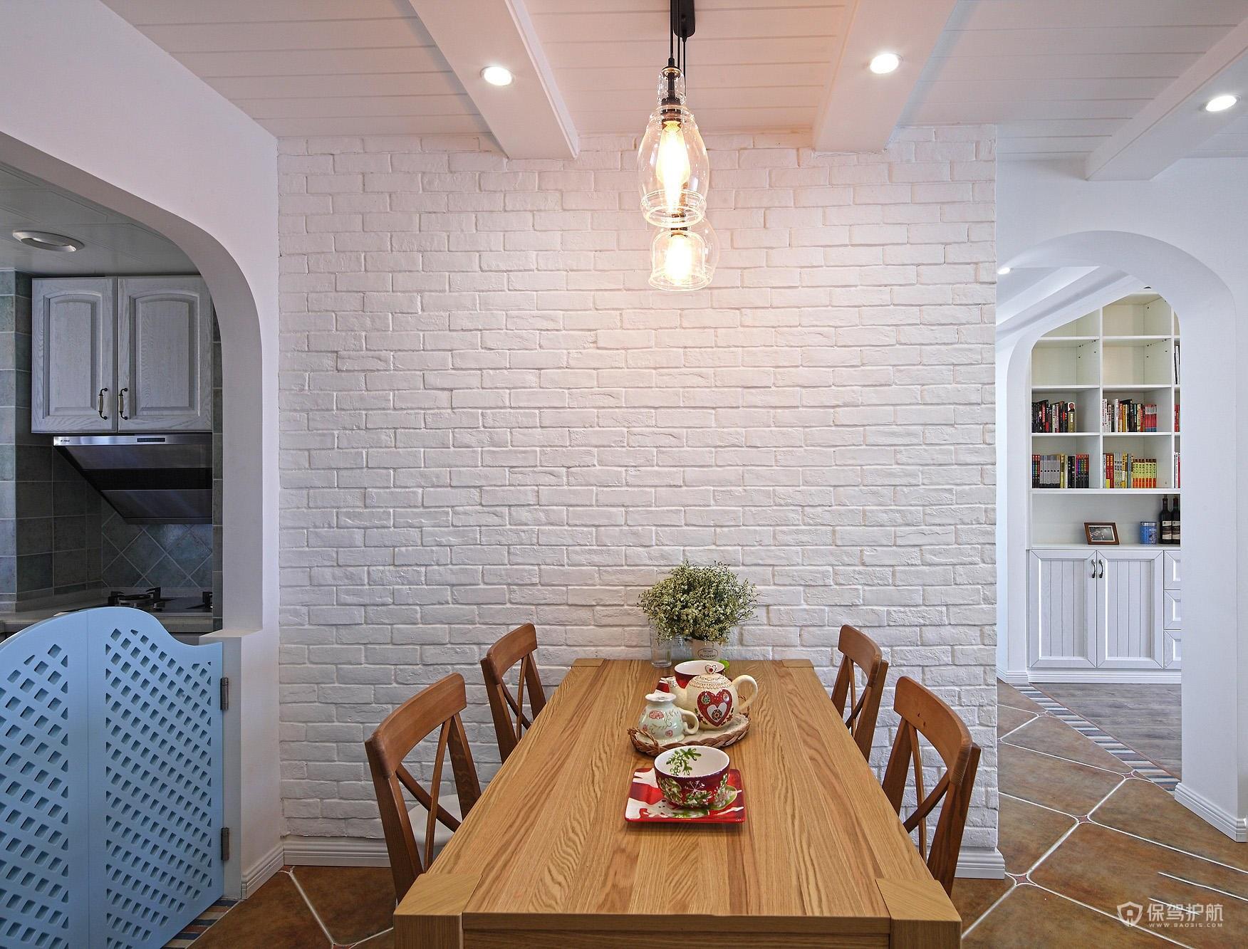 美式田园风三居室餐厅背景墙装修效果…