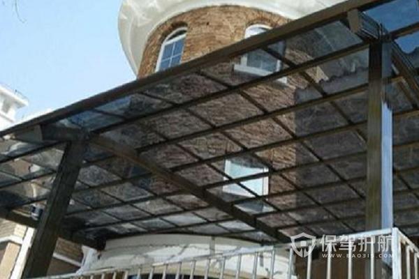 阳台有必要装遮阳棚吗?阳台遮阳棚用什么材料好?