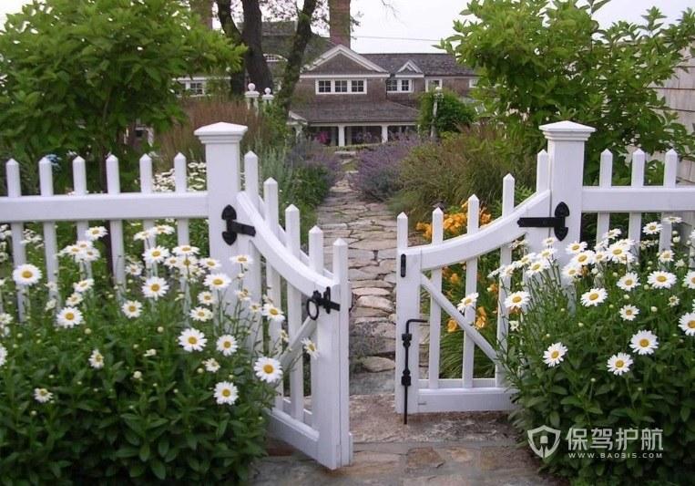 美式休閑庭院白色小門裝修效果圖