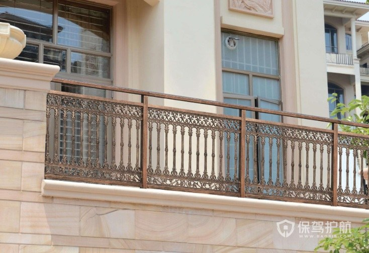 阳台护栏什么材料好-保驾护航