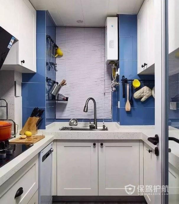 蓝+白色系小户型L型厨房装修效果图