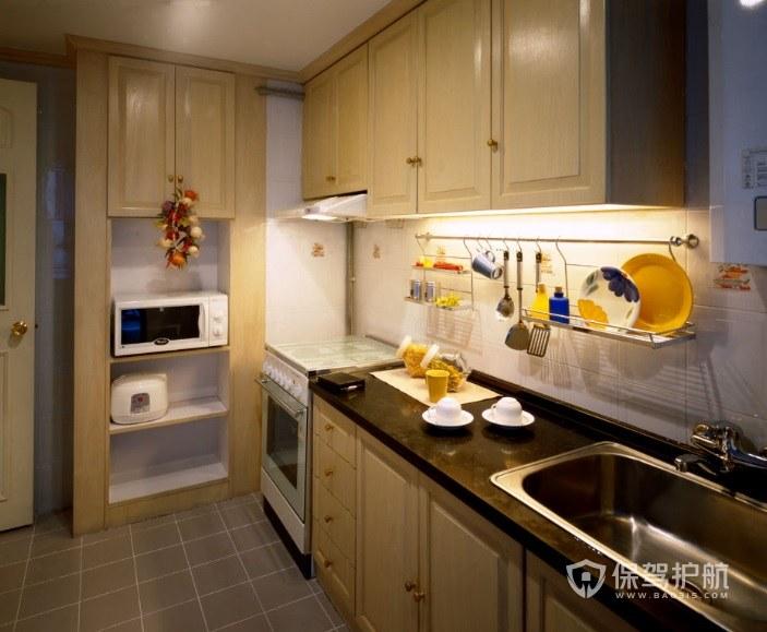 中式封闭式一字型厨房装修效果图
