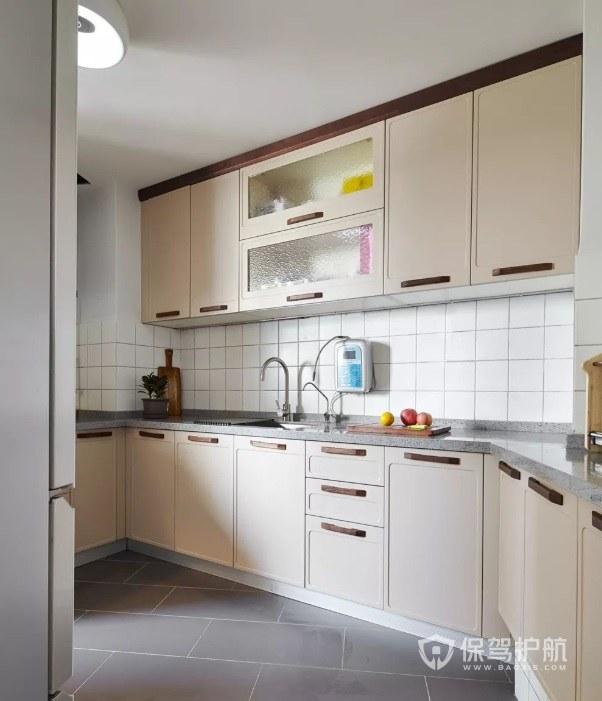 7平方简约风不规则厨房装修效果图